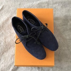 TOD'S Blue Leather Ankle Bootie